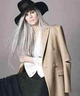 mujer pelo largo