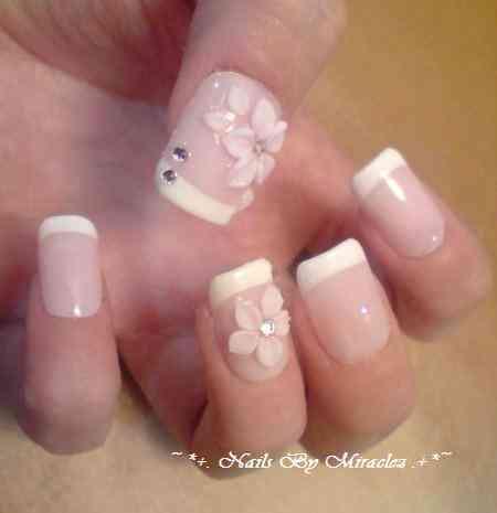 uñas para novia con flores