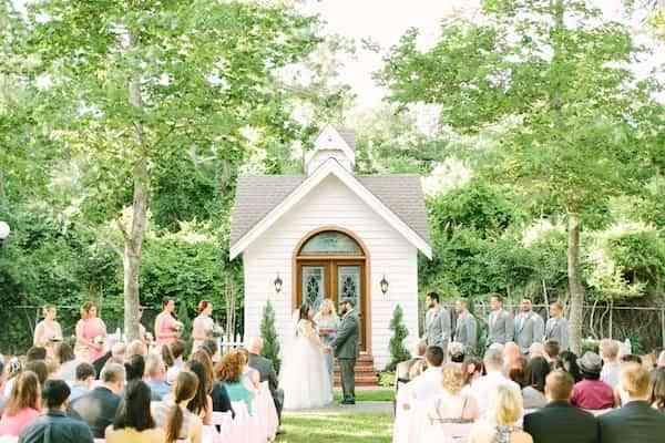 boda al aire libre - capilla blanca