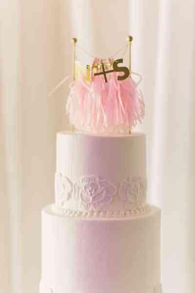 boda blanco y rosa - tarta