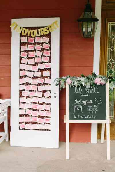 boda rosa y blanco. distribución de mesas