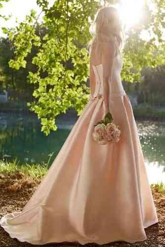vestidos novia en colores