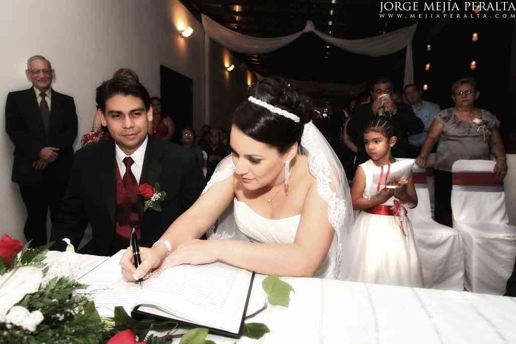 Gastos que tienes que evaluar para organizar una boda civil