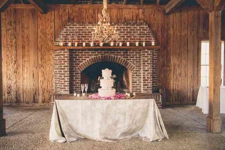 Diferentes pasteles originales para bodas