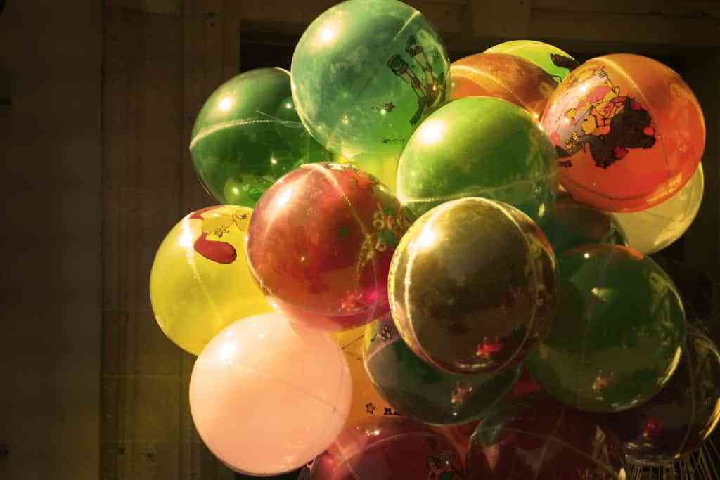 decorar una boda con globos