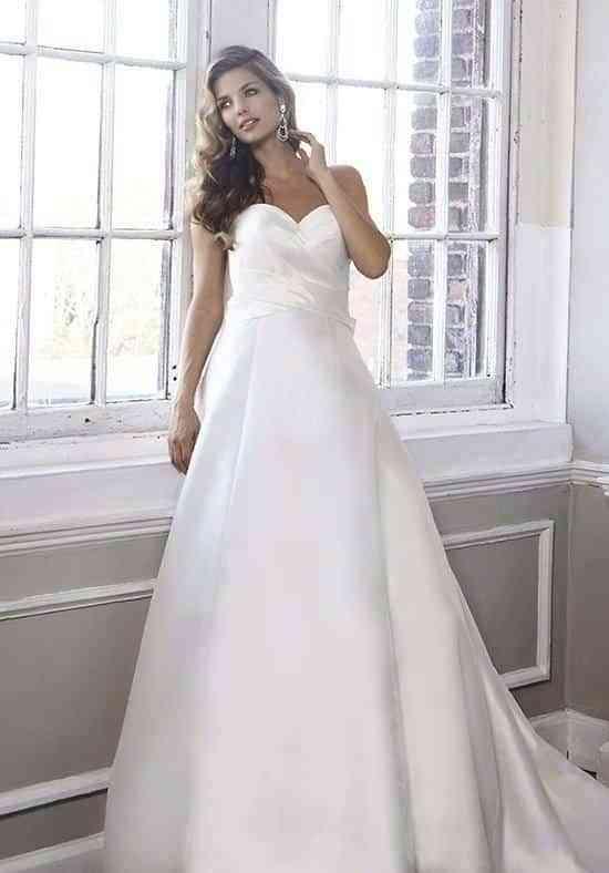 Diferentes vestidos de novia