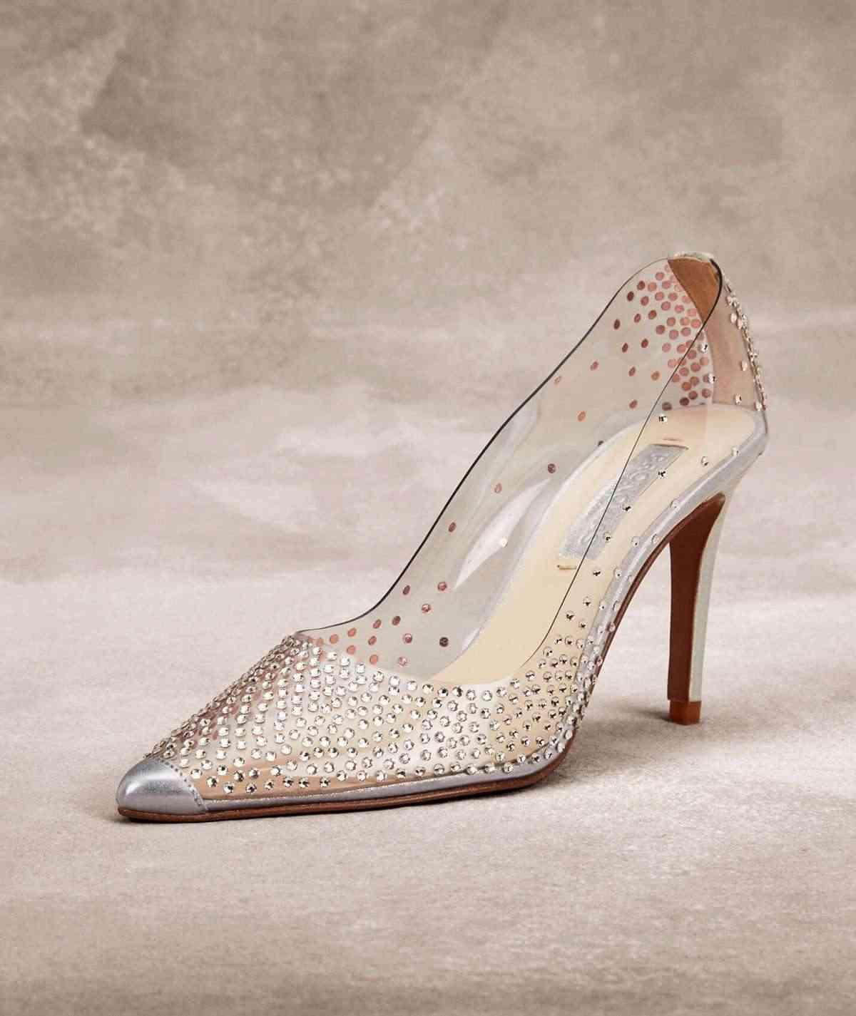 zapatos de novia originales pronovias