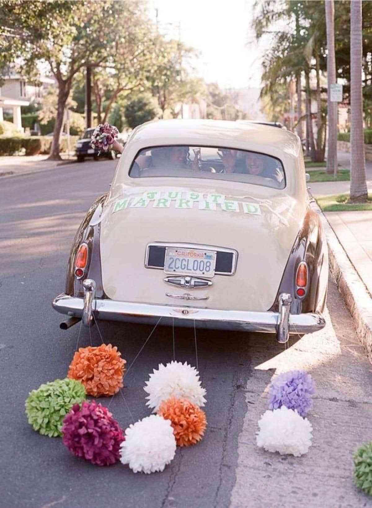 adornos para coches de boda originales